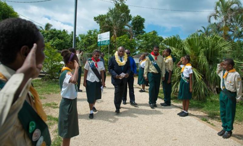 Vanuatu president osales adventkiriku jumalateenistusel